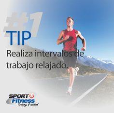Ahora intentemos un nuevo reto, 20 minutos de correr con intervalos de Sprint y caminata para recuperar energías. Esto seguramente mejorará tu desempeño. Para más información sobre los intervalos: http://greatist.com/fitness/interval-training-for-newbies/
