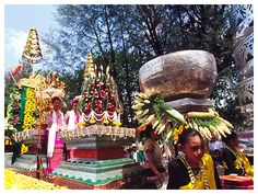 Songkran Festival www.songkran.net New Years 2016, Year 2016, Thailand Festivals, Songkran Festival, Thai Art, Asia Travel, Buddha, Captain Hat, Exotic
