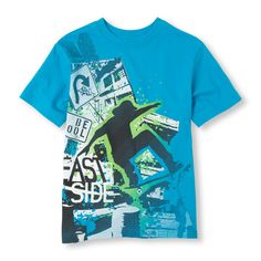 Skater graphic tee