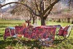 Tischdecke, herbstliche Blüten und Beeren von Apelt, Artikel 7917