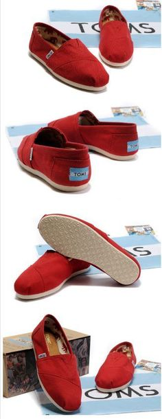 I want red toms..