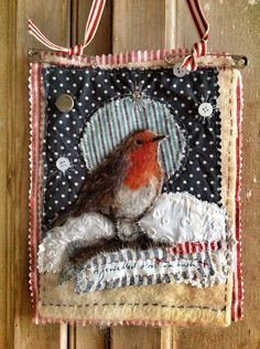 Felting - Textile Art by Lou Tonkin Fabric Birds, Fabric Art, Fabric Crafts, Free Motion Embroidery, Embroidery Art, Machine Embroidery, Small Quilts, Mini Quilts, Vogel Quilt