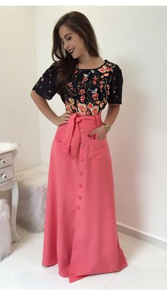 Pin by Mauren Aguirre on Women's Fashion that I love Modest Dresses, Trendy Dresses, Modest Outfits, Skirt Outfits, Modest Fashion, Cute Dresses, Dress Skirt, Fashion Dresses, Apostolic Fashion