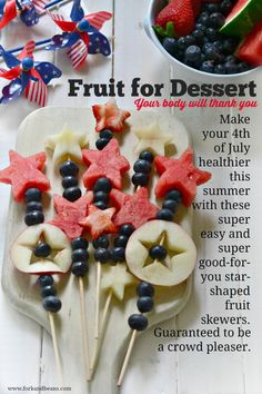 4th of July Fruit Skewers from @forkandbeans - fun, healthy ideas for the 4th!
