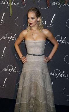 "Jennifer Lawrence At The ""Mother!"" Premiere In Paris"