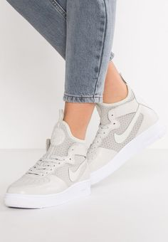 low priced 7853a a0714 AIR FORCE 1 ULTRAFORCE MID - Tenisówki i Trampki wysokie - light bone white  - Zalando.pl