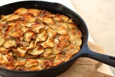 Potatoes Anna Adapted from Julia Child's Mastering the Art of French Cooking Potato Dishes, Savoury Dishes, Potato Recipes, Potatoes Anna, French Potatoes, Skillet Potatoes, Healthy Cooking, Cooking Recipes, Food Wishes