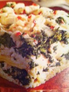 Easy crockpot recipes: Creamy Chicken and Spinach Lasagna Crockpot Recipe