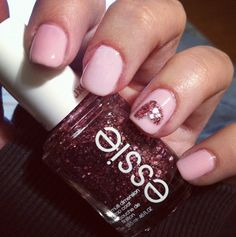 8 Lovely Valentine's Day Nail Designs: A Little Love!
