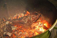 Steak op de BBQ 5: Caveman Style Caveman Style, Bbq Steak, Steak Recipes, Steaks, Pot Roast, Ethnic Recipes, Om, Fire, Group