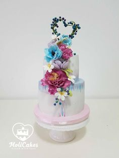 Wedding cake by MOLI Cakes - http://cakesdecor.com/cakes/294750-wedding-cake