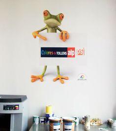 Esta simpática rana, acompaña a nuestros amigos de Pinturas San Jorge en sus oficinas!