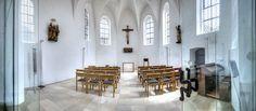 Heute erstrahlt die Pfarrkirche St. Walburga im neuen Glanz und ist nach vielen Erweiterungen, Umbauten und Renovierungen der letzten Jahrhunderte ein ansehnliches Beispiel einer fränkischen, gotischen Landkirche. Nach der jüngsten vorbildlichen Restaurierung ist sie zu einem Kleinod unter den Kirchen der Region geworden. Dazu gehört auch der ehemals alte Chor der Pfarrkirche – die Sebastianskapelle – mit einem wunderschönen Kreuzrippengewölbe.