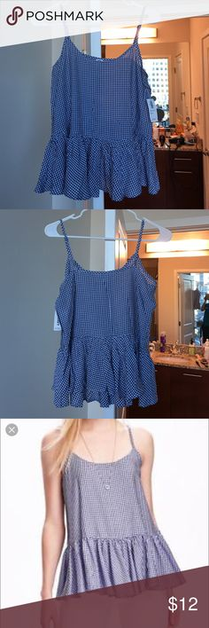 Plaid Camisole Top Classic plaid camisole that is light as a feather. New with tag. Looks great under a cozy sweater or by itself. XS but will fit a S too. Old Navy Tops Camisoles