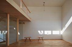 Dwell - House of Takamatsu Bancho by TENK
