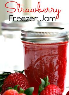 Freezer Jam - No Canning System Needed! This delicious Homemade Strawberry Freezer Jam is so easy to make!This delicious Homemade Strawberry Freezer Jam is so easy to make! Freezer Jam Recipes, Freezer Cooking, Canning Recipes, Freezer Meals, Jelly Recipes, Drink Recipes, Homemade Jelly, Strawberry Recipes, Strawberry Jelly