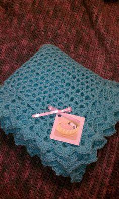 Lace Border Blanket By Bernat Design Studio - Free Crochet Pattern - (ravelry)