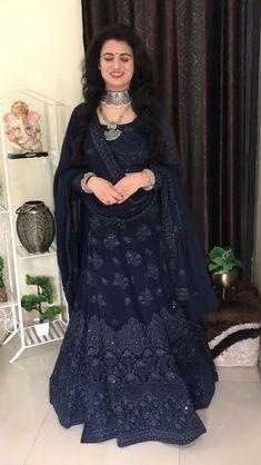 Party Wear Indian Dresses, Designer Party Wear Dresses, Indian Gowns Dresses, Indian Bridal Outfits, Indian Bridal Fashion, Dress Indian Style, Indian Fashion Dresses, Indian Designer Outfits, Wedding Lehenga Designs