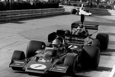 1974 Ronnie Peterson, Lotus 72E Ford Cosworth, Jean Pierre Jarier.