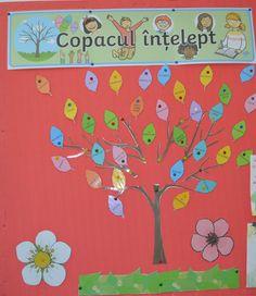 """La King George cultivăm empatia, ȋnvățăm ce este respectul, folosim timpul cu ȋnțelepciune, admirăm curajul, ȋmpărțim bunătatea și bucuria.   Frumoasa lucrare realizată de elevii noștri ȋndeamnă: """"Fii bun! Dăruiește! Fii vesel! Citește cu drag! Fii curios! Ascultă! Spune vorbe bune! Caută! Descoperă! Fii creativ! Colorează! Ajută! Fii curajos! Mulțumește!""""  #kinggeorge #scoala #gradinita #copaculintelept #lucrarifrumoase #copii #elevi #creativitate #empatie #curaj #copilarie #bucurie… King George, Education, School, Creative, Kids Psychology, Kids Education, Activities For Kids, Onderwijs, Learning"""