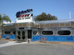 diner restaurant | 4701 Ruffin Rd. San Diego (858) 715-6400