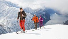 Nu-i asa ca ti-ar place sa schiezi fara sa ajungi la baza partiei de schi epuizat de forte?Sezonul de schi bate la usa, se pare ca putin in graba in acest an. Insa nu astepta ziua primei coborari pe partie, antreneaza-ti corpul din timp!Schiatul, in cateva cuvinte...Schiul, din frantuzescul ski ...
