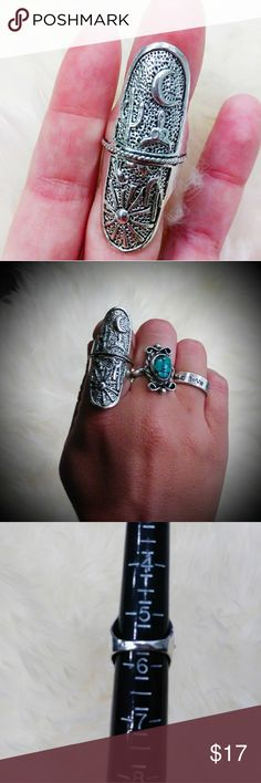 5.5/6 Desert Scene Sun and Moon Gypsy Ring Hippy Huge hippie boho festival statement ring. This has a picture of the desert at night on one side and can be flipped over to display the desert in the daytime. Brand new.  It features a cow skull and cactus and the sun and moon. It is a white metal alloy, size 5.5/6. Ask me any questions, make me any offers. Jewelry Rings