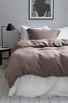 21 The Pottery Barn Bedding Collection Is Made for Mixing and Matching., 21 The Pottery Barn Bedding Collection Is Made for Mixing and Matching. Small Room Bedroom, Trendy Bedroom, Home Bedroom, Room Decor Bedroom, Modern Bedroom, Bedroom Furniture, Cheap Furniture, Bedrooms, Bedroom Inspo