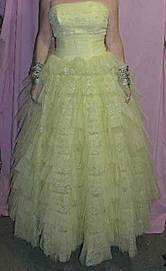 1950's Prom Dress YELLOW. Click on the image for more information.