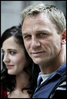Eva Green and Daniel Craig Daniel Craig Bond, Daniel Craig James Bond, Rachel Weisz, Eva Green, Daniel Graig, Z Cam, Bond Girls, Casino Royale, Hugh Jackman