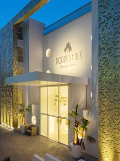 Portals Hills Boutique Hotel Mallorca. Two incomparable high-end Fendi Casa furnished Penthouses will be the epitome of comfort, elegance and cutting-edge design. #luxury #living #holiday #relax #dream #destination