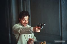The Professional - Luc Besson 90s Movies, Series Movies, Good Movies, Movies And Tv Shows, Movie Tv, Natalie Portman Mathilda, Actor Gary Oldman, The Professional Movie, Sid And Nancy
