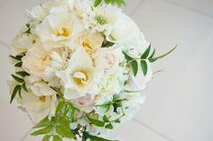 #novarese#VressetRose #Wedding #white #round #bouquet #clutchbouquet #natural#Flower #Bridal #ノバレーゼ#ブレスエットロゼ #ウエディング# ホワイト#グリーン#シンプル #クラッチ# ブーケ# ナチュラル#小花#バラ#ナチュラル#ブライダル#結婚式