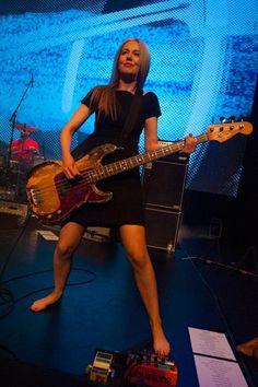 Stephanie Ashworth - Something for Kate: Another barefoot bassist. With a killer reliced P-bass no less!