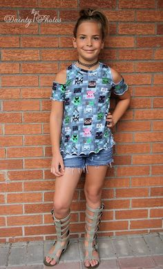 This is a PDF sewing pattern to show you how to create these pants. THIS IS NOT A FINISHED PRODUCT  Monicas is an easy, knit outfit that you will fall in love with every time you make it! The simple design leaves plenty of room for personalization, while still being quick to construct. This is a Cute Little Girls Outfits, Teen Girl Outfits, Little Girl Fashion, Kids Fashion, Kids Outfits, Little Girl Leggings, Doll Clothes, Pdf, Tops