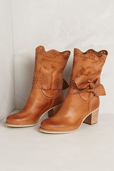 Scallop-Tied Booties #anthropologie