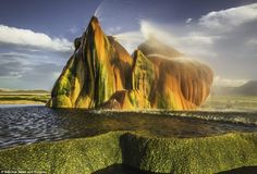 Beautiful Places You Never Know Existed-Fly Geyser