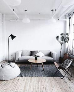 awesome 44 Awesome Small Living Room Decoration Ideas On A Budget http://homedecorish.com/2018/02/10/44-awesome-small-living-room-decoration-ideas-on-a-budget/