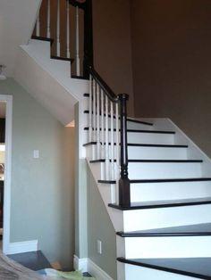 Rampe d 39 escalier int rieur en bois recherche google for Escalier interieur bois