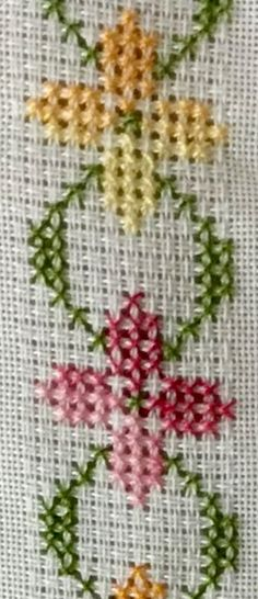 Cross Stitch Bookmarks, Cross Stitch Rose, Cross Stitch Borders, Cross Stitch Alphabet, Cross Stitch Baby, Cross Stitch Flowers, Cross Stitch Designs, Hand Embroidery Art, Embroidery Stitches