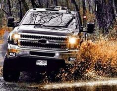 Ok if my boyfriend ever drove a truck like this I wouldn't be able to settle down. LOL. Haha but his truck is pretty sweet too ;)