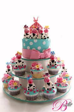 Cute cows and Cupcakes!