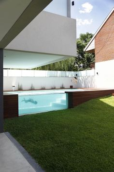 Pool design holz  Innenhof gestalten Pool Design Holz Glas | Inspirational Pool ...