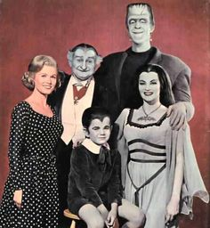The Munsters: NBC Developing (Another) Reboot with Seth Meyers - canceled + renewed TV shows - TV Series Finale The Munsters, Munsters Tv Show, Munsters Grandpa, Munsters House, 70s Tv Shows, Old Shows, Great Tv Shows, La Familia Munster, Movies Showing