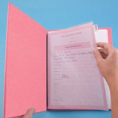 Keep contact info, cafeteria menus, class schedules, team lists and the never-ending barrage of hand-outs, forms and flyers your kids bring home from school all in one well-organized place with the Kitchen Folio from Mom Agenda.