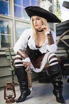 Nancy Pelosi the Pirate with a Gun Pirate Steampunk, Corset Steampunk, Costume Steampunk, Style Steampunk, Steampunk Clothing, Steampunk Fashion, Pirate Cosplay, Pirate Queen, Pirate Woman