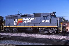 RailPictures.Net Photo: SBD 6669 Seaboard System EMD GP40 at Hamlet, North Carolina by Sid Vaught