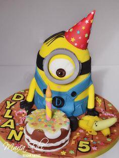 Preciosa torta para fiesta temática Minions