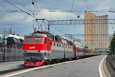 Škoda Electric locomotive from ChS8 series in Rizhskiy vokzal, Russia