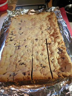 Peanut Butter Chocolate Chip Cookie Bars via Secrets from the Cookie Princess @ Cookie Princess